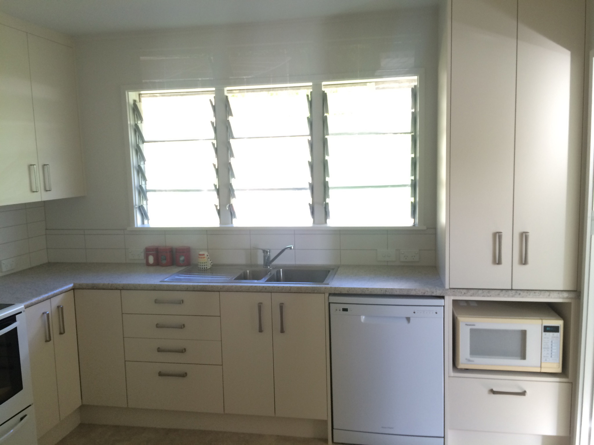 Bathrooms & Kitchens renovation in Kawerau Avenue, Belmont
