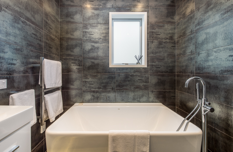 Cheltenham Beach Bathroom renovation photo